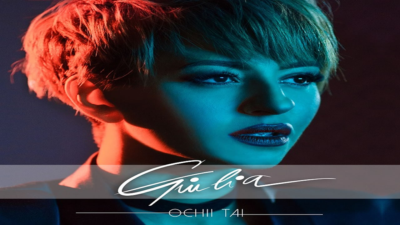 Giulia - Ochii tai