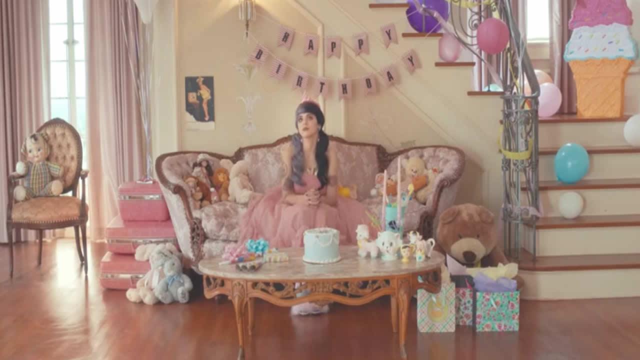Melanie Martinez - Pity Party